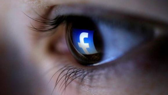 """Facebook afirmó que su software busca ciertas frases que podrían ser pistas, como las preguntas """"¿Estás bien?"""" y """"¿Puedo ayudarte?"""""""