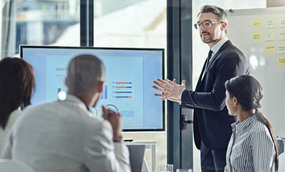 Los ejecutivos deben saber tomar importantes decisiones financieras y de gestión.