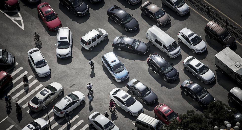 Hon Hai y sus subsidiarias tendrán una participación de 50% en la empresa, y Fiat Chrysler tendrá el resto.
