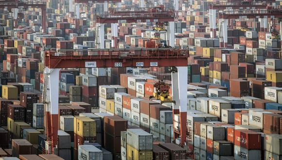 Si bien las tensiones comerciales entre las dos mayores potencias económicas del mundo no comenzaron bajo Trump, él intensificó la lucha con aranceles y sanciones sin precedentes para las empresas de tecnología.