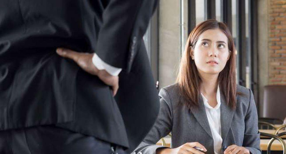 Existen diferentes señales que indican que estamos en un ambiente laboral negativo y te advierten que debes tomar medidas para que esto no afecte a tu bienestar general.  Foto: AP