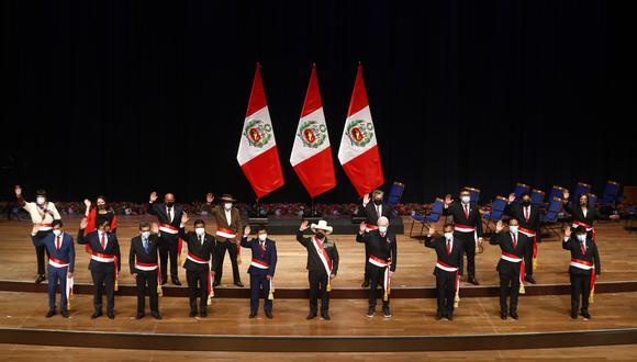 Castillo encabezó este jueves la juramentación del Gabinete Ministerial a cargo de Guido Bellido. (Foto: Presidencia)