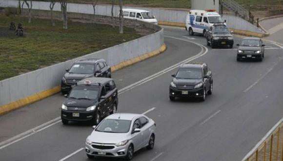 Autos particulares no podrán circular en las fiestas de fin de año. (Foto: GEC)