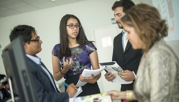 Mientras mayor sea la felicidad de los empleados en su entorno laboral, mayor será su productividad. (Foto: GEC).