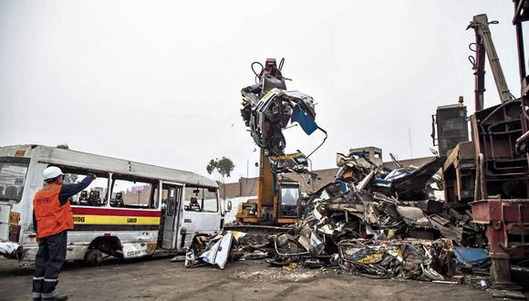El funcionario de ATU informó que hay vehículos con más de dos millones de multas acumuladas. (Foto: GEC)