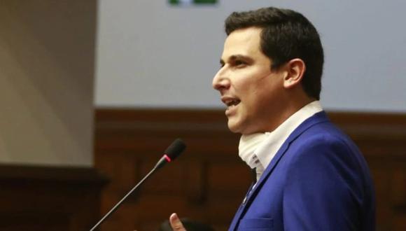 César Combina, vocero de APP, rechazó amenazas del vocero de Podemos Perú, Aron Espinoza.