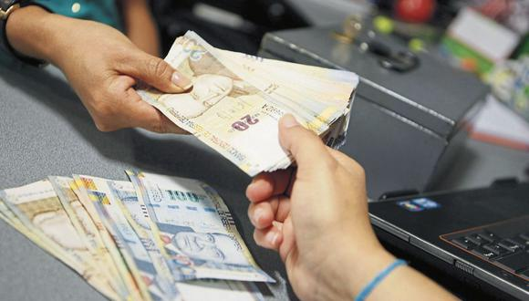 Ahorristas. Perderían S/ 10,000 millones si Comisión de Defensa del Consumidor aprueba proyectos, dice SBS. (Foto: GEC)