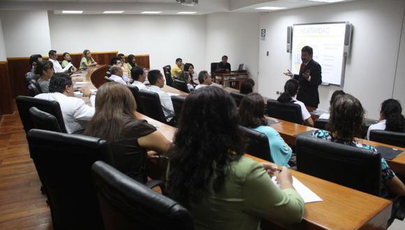 La universidad privada César Vallejo es la casa de estudios que registra el mayor número de postulantes para los programas de doctorado (1,971). (Foto: GEC/Referencial)