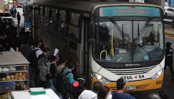 Gremio de transporte público acata un paro de 24 horas hoy  7 de abril. (Foto: Britanie Arroyo / @photo.gec)