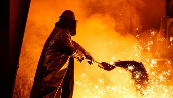 La descarbonización de la producción de acero requiere una combinación de nuevas tecnologías, cambios regulatorios y de precios, e innovación empresarial.