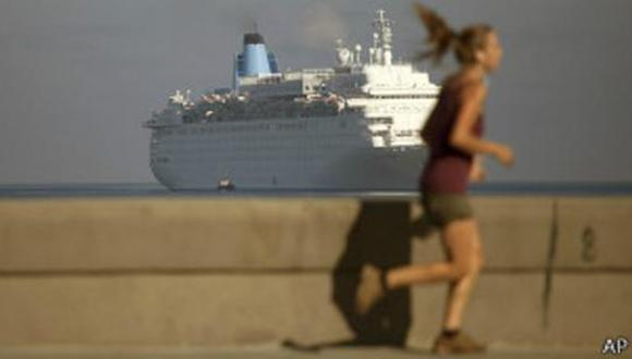 La empresa de cruceros Carnival fue la primera demandada, el mismo 2 de mayo del 2019, por el uso de instalaciones portuarias en Cuba que después de la revolución de 1959 fueron expropiadas a sus dueños sin compensación.