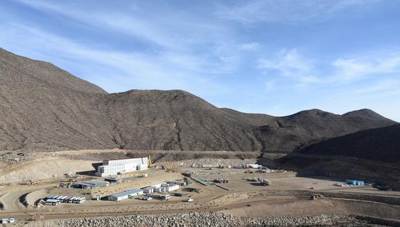 Durante los primeros diez años de producción total, entregaría aproximadamente 300,000 toneladas por año.