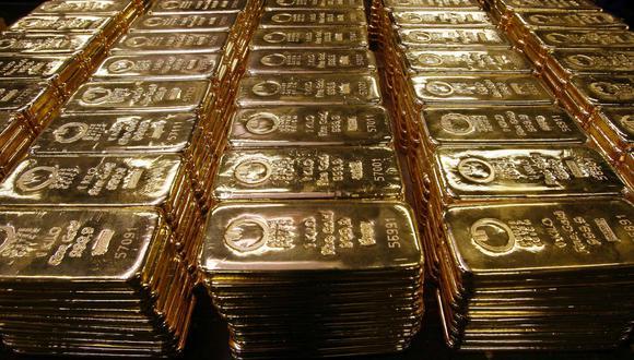 Un dólar más débil impulsará el poder adquisitivo de los principales consumidores de oro en los mercados emergentes, junto con la relajación de los confinamientos, explicó el banco. (Foto: Reuters)