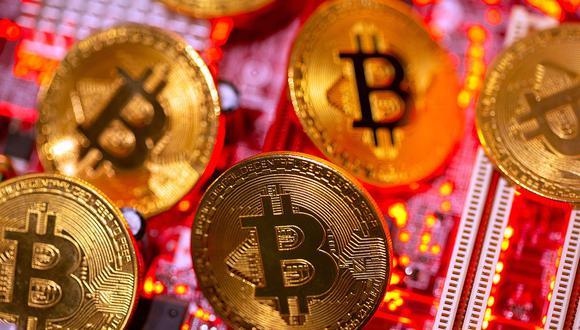 El valor de todas las bitcoin en circulación ha aumentado a US$ 900,000 millones, desde US$ 200,000 millones en setiembre, dijeron analistas. (Foto: AFP)