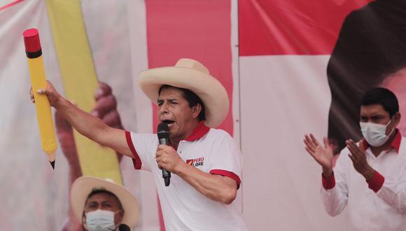 """""""Sigamos firmes y alegres en esta lucha final que es de todos los peruanos"""", señaló Pedro Castillo. (Foto: GEC)"""