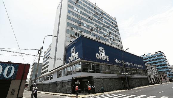 La ONPE demorará aproximadamente dos meses en revisar la información presentada por los candidatos al Congreso y Parlamento Andino. (Foto: Jesús Saucedo| GEC)
