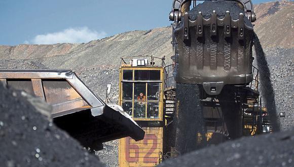 La minería vive la ausencia del Estado. Requiere legitimidad social, pero está sola para hacer frente a las demandas de la población.  (Foto: Bloomberg)